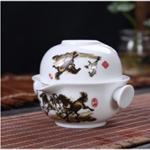 Чайник с пиалой из фарфора