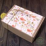 """Картонная подарочная коробка """"Маки"""""""