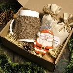 """Подарочный набор в коробке """"В гостях у Деда Мороза"""""""